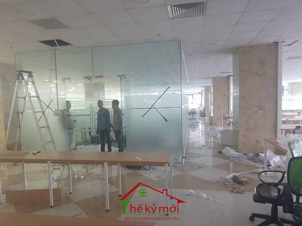 Sửa chữa cải tạo văn phòng showroom tại Hà Nội